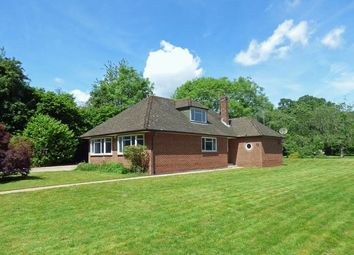 Thumbnail 3 bed bungalow to rent in Hunts Hill Lane, Naphill, High Wycombe