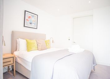 Thumbnail 1 bed flat to rent in 251 Southwark Bridge Rd, London
