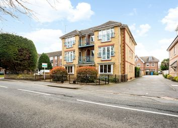 2 bed flat to rent in Lower Cookham Road, Maidenhead SL6