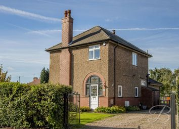 Thumbnail 3 bed detached house for sale in Lichfield Lane, Mansfield