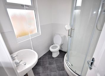 Thumbnail 2 bedroom flat to rent in Lynton Avenue, West Bromwich