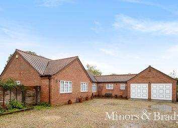 Thumbnail 4 bed detached bungalow for sale in Norwich Road, North Walsham