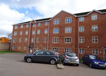 Thumbnail 2 bedroom flat to rent in Aylesbury Court, Holbrooks