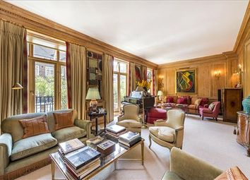 7 bed terraced house for sale in Gloucester Square, Hyde Park, London W2