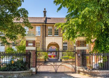 3 bed semi-detached house to rent in Elderwood Place, London SE27