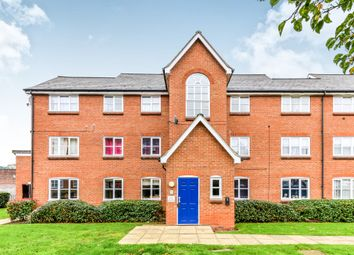 Thumbnail 2 bed flat for sale in Prebend Street, Bedford