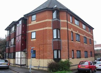 Thumbnail 1 bed flat to rent in Priors Court, Newark Street, Reading