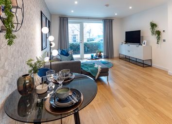 2 bed flat for sale in Beaconsfield Road, Southall UB1