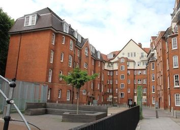 Thumbnail 3 bed flat to rent in Shoreditch, London