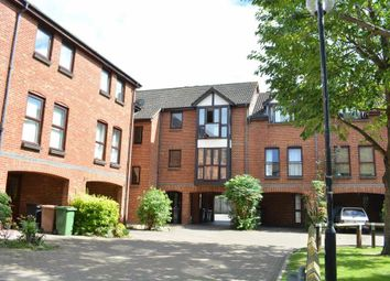 Thumbnail 1 bed flat to rent in Farriers Close, Epsom