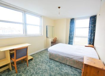 2 bed flat to rent in Russell Square, Brighton BN1