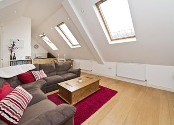 Thumbnail 3 bed flat to rent in Gauden Road, Clapham, London