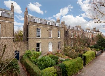 Thumbnail 4 bed town house for sale in Maids Causeway, Cambridge