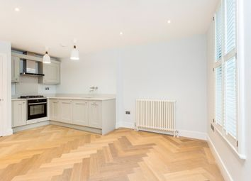 Thumbnail 3 bed flat to rent in New Road, London