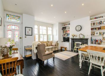Thumbnail 2 bed flat to rent in Lavender Sweep, Clapham Junction