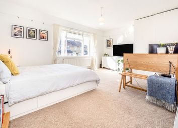 Thumbnail 1 bed maisonette for sale in Lushes Road, Loughton