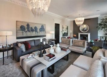 Thumbnail 4 bed maisonette to rent in Lowndes Square, Knightsbridge