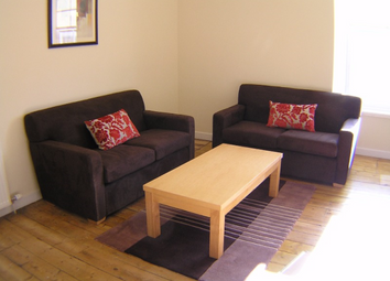 Thumbnail 2 bed flat to rent in Lawrence Street, City Centre, Dundee, 5Qg