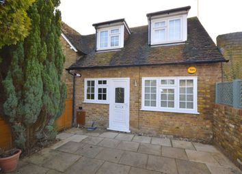 Thumbnail 1 bed terraced house to rent in High Street, Kings Langley