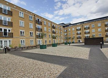 Ovaltine Drive, Kings Langley WD4. 3 bed flat