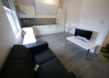 2 bed flat to rent in Hanover Square, Leeds LS3
