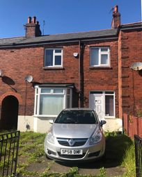 Thumbnail Terraced house to rent in Fifth Avenue, Oldham