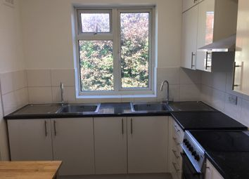 Thumbnail 2 bed flat to rent in Gainsborough Gardens, Golders Green