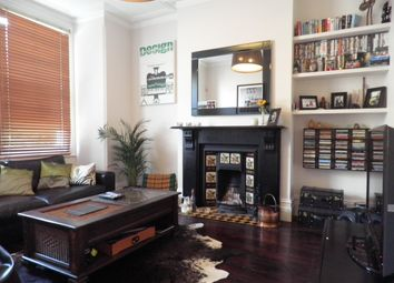 Thumbnail 1 bed flat to rent in Rectory Grove, London