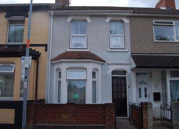 2 bed property to rent in Savernake Street, Swindon SN1