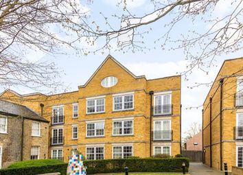 Thumbnail 2 bed flat to rent in Twickenham Road, Isleworth