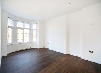 Thumbnail Flat to rent in Vicarage Parade, West Green Road, London