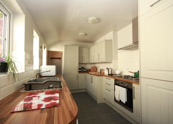 Thumbnail 2 bed terraced house to rent in 2 Bed Character Property With Garage, Bailgate, Lincoln