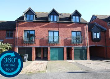 3 bed town house for sale in Chandlers Walk, Haven Banks, Exeter EX2