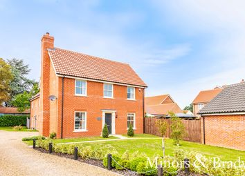 Thumbnail 4 bed link-detached house for sale in Fenn Close, North Walsham