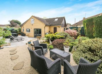 Thumbnail 3 bed detached bungalow to rent in Ludsden Grove, Thame