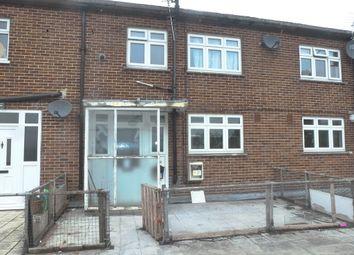 Thumbnail 3 bedroom maisonette for sale in Addington Road, Selsdon, South Croydon
