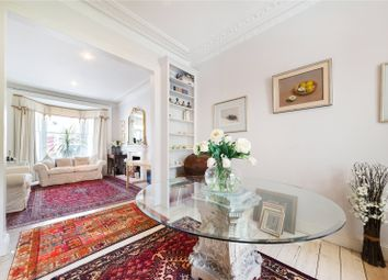 Thumbnail 3 bed flat for sale in Langton Street, Chelsea, London
