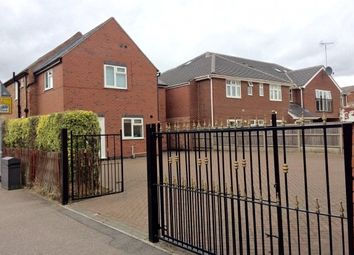 Thumbnail 6 bed detached house to rent in Royland Road, Loughborough