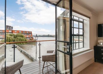 Thumbnail 3 bed property to rent in Palace Wharf, Rainville Road, London