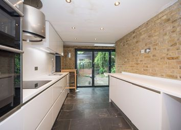 Thumbnail 1 bedroom flat to rent in Eversleigh Road, Battersea