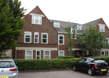 Thumbnail 2 bedroom flat to rent in Garden Mews, Westcote Road, Reading, Berkshire