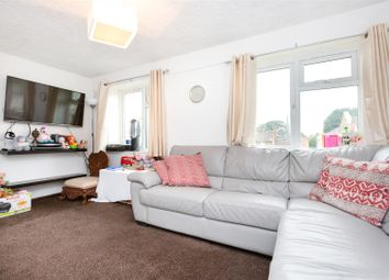 Thumbnail 1 bed flat to rent in Dumont Road, London