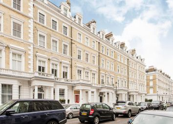 Thumbnail 1 bed flat for sale in Onslow Gardens, London