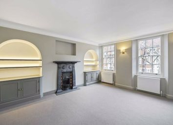 2 bed flat for sale in The Vale, London SW3