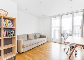 1 bed flat to rent in Logan Close, Stratford, London E20