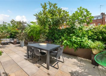 Thumbnail 2 bed property for sale in Chelsea Manor Street, Cheyne Terrace, London