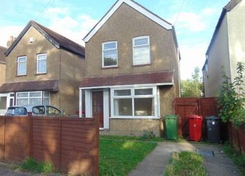 Thumbnail 3 bed detached house to rent in Elmshott Lane, Burnham, Slough
