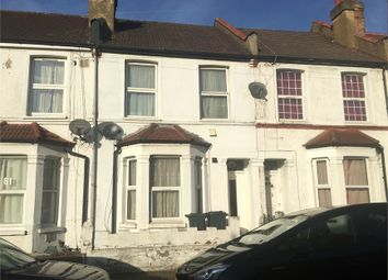 Thumbnail 1 bedroom flat to rent in Cecil Road, Hounslow, Middlesex