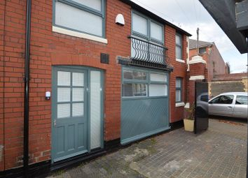 Thumbnail 1 bed property to rent in Llandaff Road, Cardiff