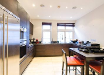 Thumbnail 3 bedroom flat to rent in Basil Street, Knightsbridge